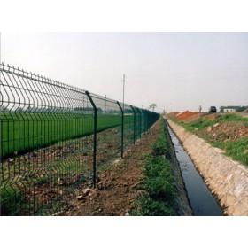 水源地隔离围栏网,水源地网围栏网,水源地保护围网,池塘铁丝网