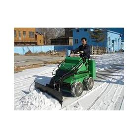 物业广场街道小型滑移多功能推雪机