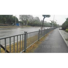 马路安全防撞玻璃钢护栏订做厂家行业领先