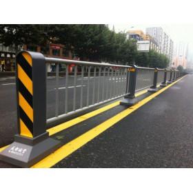 南宁道路护栏批发价公路隔离栏规格样式