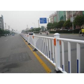 来宾道路隔离栏厂家公路护栏优惠价