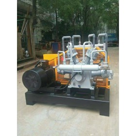 吹瓶设备用三缸4.0/30增压活塞式空压机