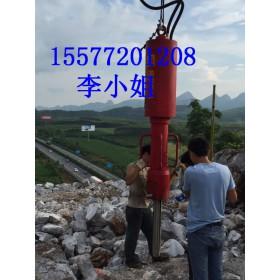 开石头效率高机械设备挖机带